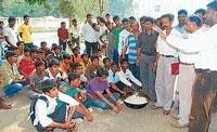 Hostel inmates stage stir against substandard food