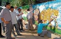CAVA students to paint city walls
