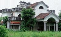 Udupi DC's bungalow waiting for funds