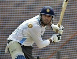 It would be a change of role for Yuvraj: Dhoni