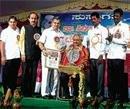 Girish Kasaravalli gets 'Kota Shivarama Karantha award'