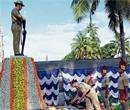 Cops pay tribute on Martyrs Day