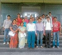 Shruthi wins paper presentation at VVIET