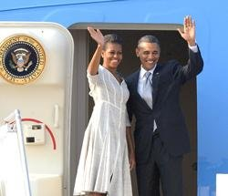 Obama ends India visit, flies to Indonesia
