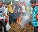 Growers set fire to Tobacco leaves in Ramanathapur