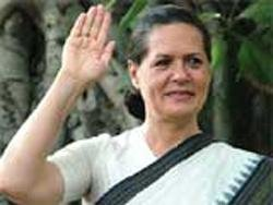 US cable flays Sonia; calls Karat 'extortionist'