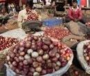 Onion traders make a killing