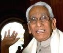 Karunakaran dies at 92