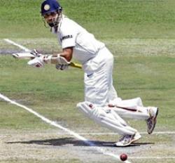 Classy Laxman spurs India