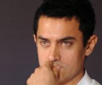 Artistes still struggling for freedom of expression: Aamir
