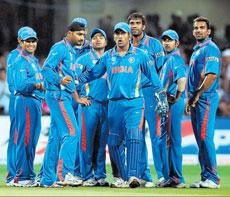 Bowlers could tie India down