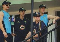 Clarke stars in Aussie win