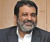 Infosys Q4 results dissapoint, Mohandas Pai, K Dinesh quit from the board