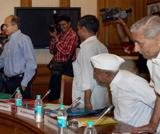 Lokpal panel: Round 1 goes to civil society