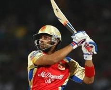 RCB hold nerves in thriller