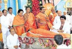 Amid tears, Sai Baba laid to rest