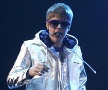 Justin Bieber working on new album on tour