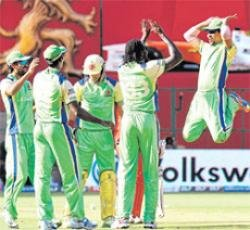 Gayle at it again as Challengers crush Tuskers