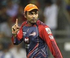 Sehwag to miss rest of IPL, to undergo shoulder injury