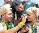Saying 'I do' the Indian way