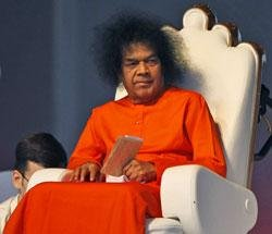 Huge amount of gold, silver, cash found in Sai Baba's chamber