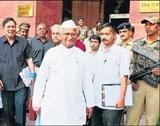 Govt and civil members meet tomorrow on Lokpal Bill