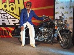 Wanted to prove Big B is not old: Director