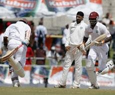 India close in on victory despite fine century from Edwards