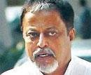 Sulking minister cares two hoots for train accident victims