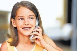 Cellphones don't raise cancer risk in children: Study
