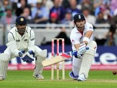 Dhoni's sloppy keeping typifies character of Indian team: Lloyd