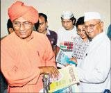 Govt sets riders for Anna's fast