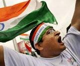 Hazare, aides detained, protests across Delhi