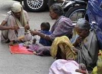 Delhi's homeless prefer sheltering sky to night shelters