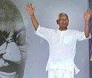 Hazare fast enters 12th day; doctors worried