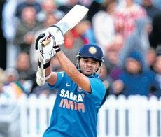 Parthiv, Vinay star as India ease past Leicester