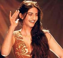 Pure romance is lost somewhere: Sonam Kapoor