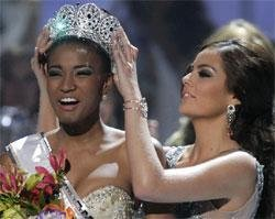 Angolan beauty crowned Miss Universe