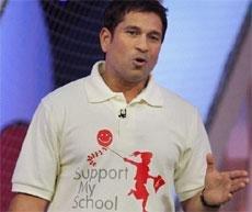 Sachin backs 'dying' ODIs