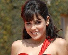 I own the spot of college girl in Bollywood: Genelia D' Souza