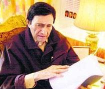 Dev Anand turns 88, going strong with new projects