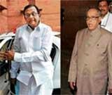 Chidambaram meets Sonia, offers to quit