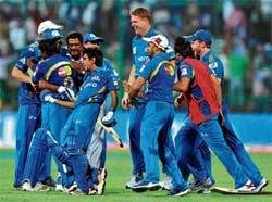 Mumbai prevail in another thriller