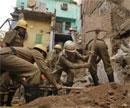 Toll rises to seven in Old Delhi building collapse