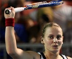 Dokic reunites with father after eight years