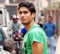 Nervous about my first solo film: Prateik