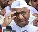 Unease in Team Anna; Hazare hints at revamp