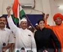 Gandhian regrets relegating Lokpal movement to Team Anna