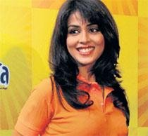 No bans issued against me: Genelia