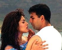 Movie Snippets: No qualms in working with Priyanka, says Akshay Kumar